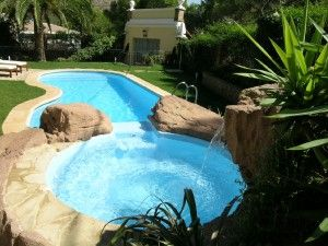 piscina hecha por piscival